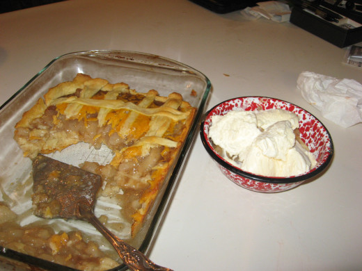 Serve this apple and cheese pie with ice cream!