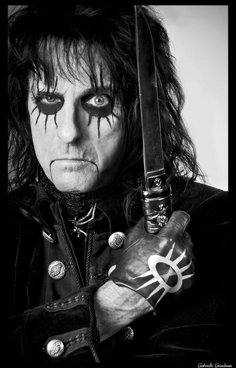 Known as the godfather of shock rock, Alice Cooper has sold over 50 million records world wide.