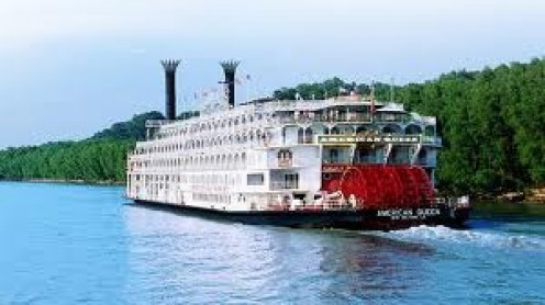 A cruise along the Mississippi has a full course meal, snacks and plenty of peace.