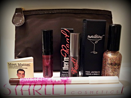 An example of an Ipsy bag.