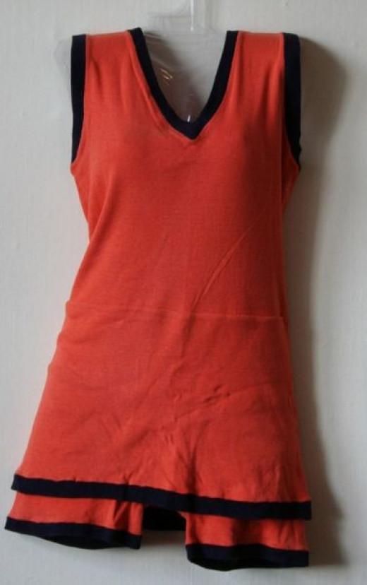 1925 wool bathing suit
