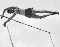 Cornelius Warmerdam, American pole vaukter held the World's record for 17 years during the end of the bamboo pole period.