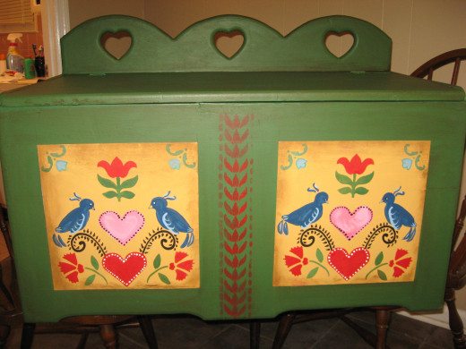 Toy box into blanket chest