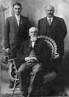 Paul Harold KINNICK (1892-1968) Alonzo Palmer KINNICK (1870-1923) Walter Watson KINNICK (1840-1919) Civil War Veteran
