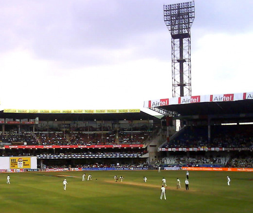 India vs Pakistan Test match cricket at the Chinnaswamy stadium, Bangalore. Final day's play that ended in an exciting draw. December, 12,  2007