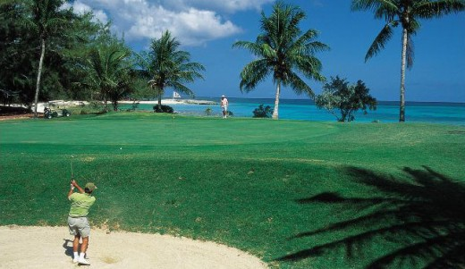 The Bahamas are popular in December -- not because of hot weather for swimming but because of golf and low rainfall. © Bahamas Tourist Office