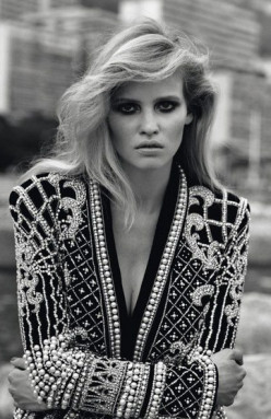 Steal Lara Stone's MOD Style!