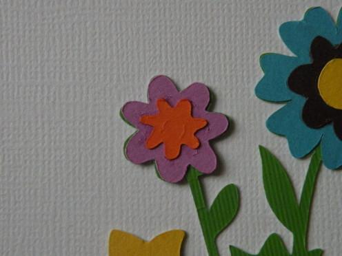 Adhere Orange small daisy center