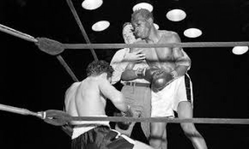 Sandy Saddler and Willie Pep boxed four times with the last two bouts being amongst the most foul filled in history.