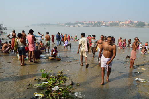 Mass Bathing in River Ganga - Ram Chandra Goenka Zenana Bathing Ghat - Kolkata.  Picture taken on the last day of Pitri Paksh.