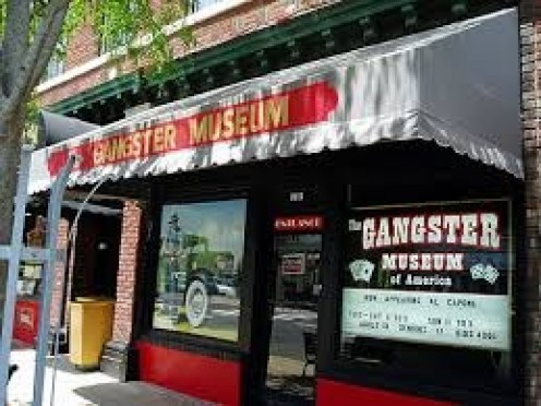 The Gangster Museum has items relating to real life mafia gangsters as well as their own flavor that they add to the shopping experience if you will.