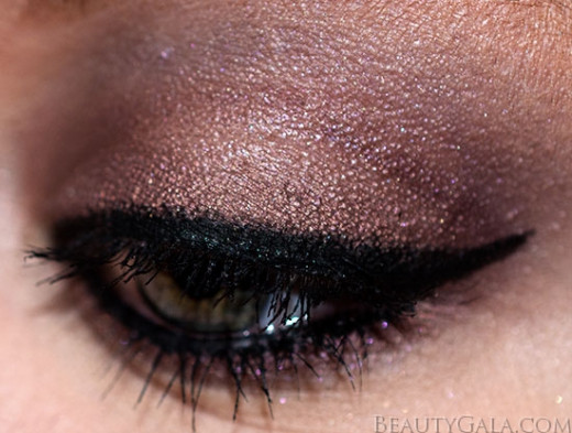 A cat eye inspired look.