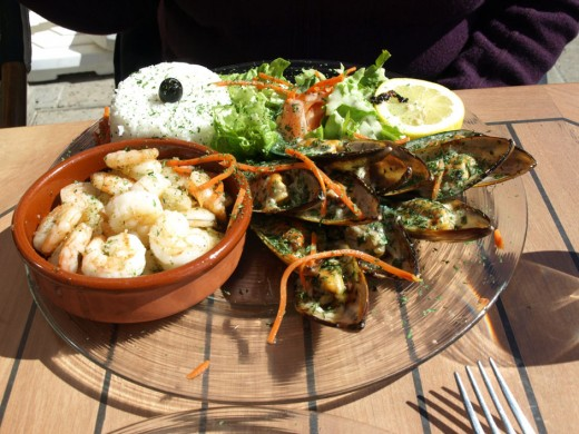 The most scruptious dish we have had.  It was at a sea side Castle at l'Ametlla Mer