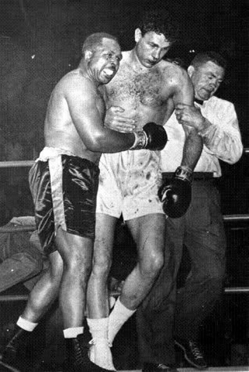 Archie Moore beat Lavorante into a tenth round knockout and eventually he was carried from the ring on a stretcher.