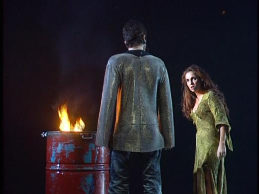 Helene Segara as Esmeralda & Patrick Fiori as Phoebus