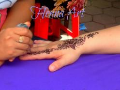 The Art of Mehndi - Henna Body Art and Temporary Tattoo Designs