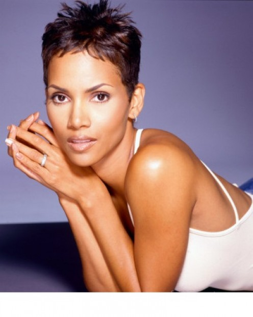 Halle Berry  Item #: 992364