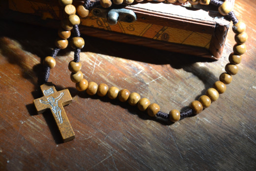 This rosary will be of great help for meditation for those who believe in God.
