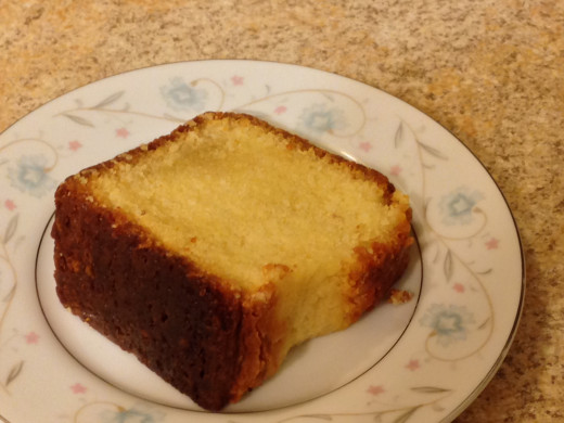 Mom's Five Flavor Pound Cake