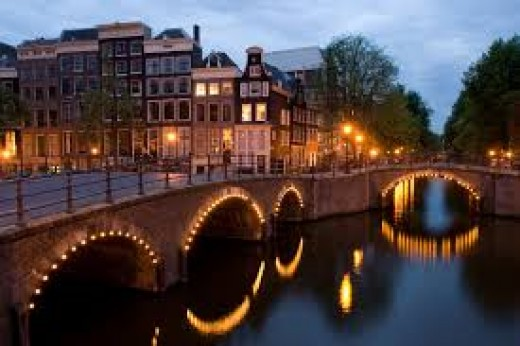 Dining By The Canals Of Amsterdam Is Very Romantic