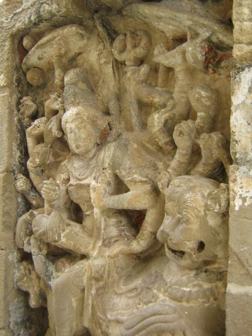 Scultures Found in Kailasanathaar Temple, Kanchipuram.