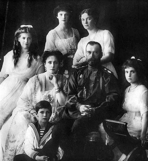 Tatiana, Marie, Olga, Empress Alexandria, Tsar Nicholas, Anastasia, and Alexis.