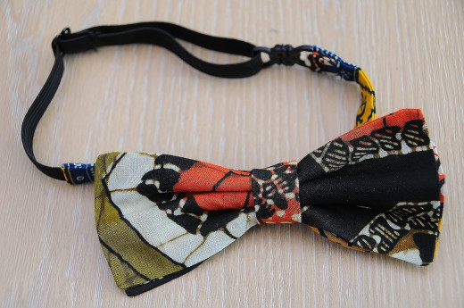 A jazzy bow tie.