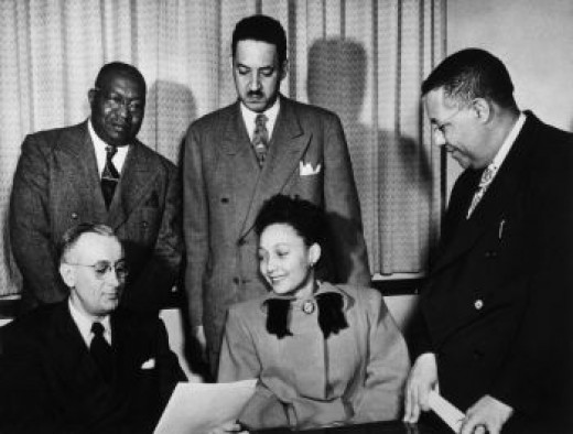 Ada Fisher meets with her council