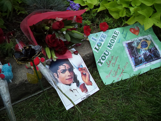 Celebrating their hero's birthday on Aug. 29, fans left mementos of their affection this year in the front yard of Michael Jackson's boyhood home on a tucked-away street in Gary, Ind.