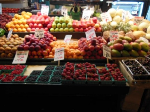 Many apples varieties in Seattle's Pike Market