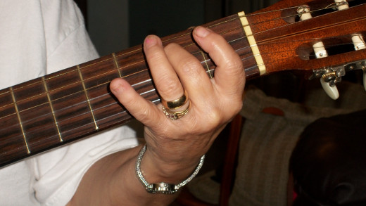 Note B on the 5th string 2nd fret, 2nd finger.