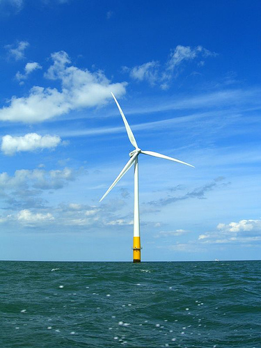 Kentish flats wind turbine.  Photo by phault and distributed under Creative Commons Attribution license version 2.0.