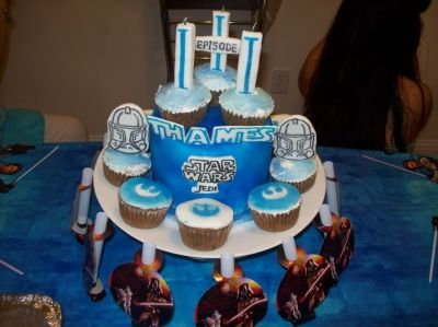 Episode III Birthday Cake & Cupcakes