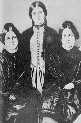 The Fox Sisters, left to right: Margaret(1836–1893), Kate(1838–1892), Leah(1814–1890)