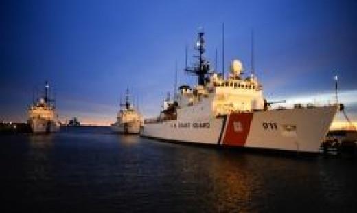(U.S. Coast Guard photo/Petty Officer 2nd Class Andrew Kendrick)
