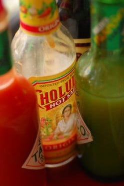 The 4 Flavors of Cholula Hot Sauce