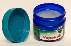 10 Uses of Vicks VapoRub