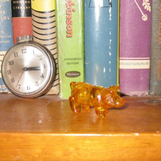 Small carved amber pig from my pig collection.