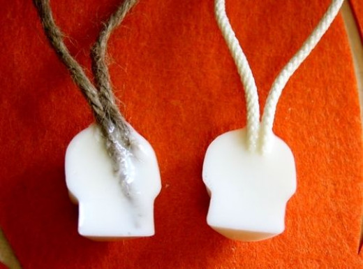 Back of soap on a rope. Source:  http://dollarstorecrafts.com/2010/09/make-skull-soap-on-a-rope/