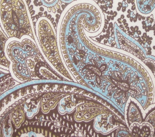 Blue and brown paisley design on a purse to inspire Zentangles.