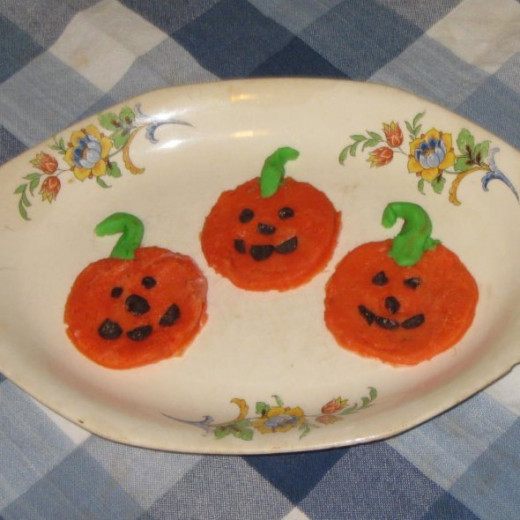 Finished candy pumpkins.