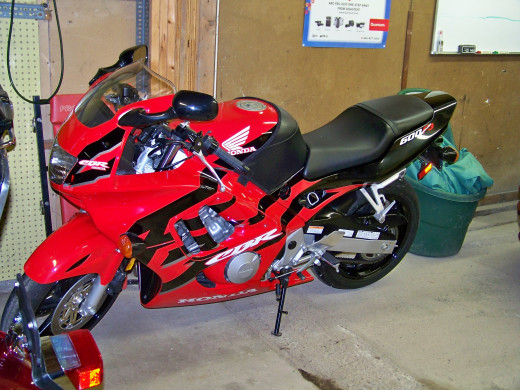 My 1998 Honda CBR600F3 all cleaned up using products from the Meguiar's Complete Car Care Kit!