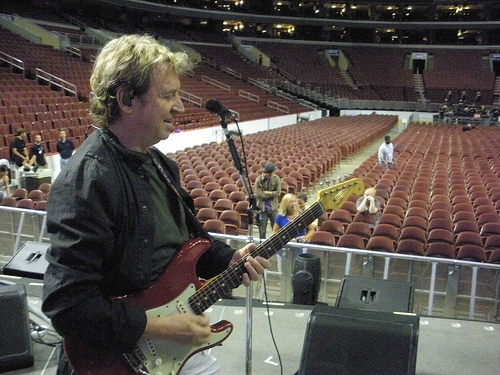 Andy Summers at a Police soundcheck