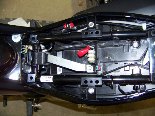 Here is a picture of the empty battery compartment.