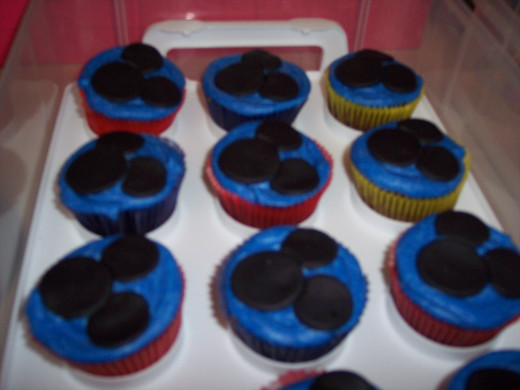 She even Had Mickey cupcakes