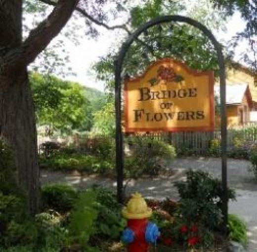 Entrance to The Bridge Of Flowers
