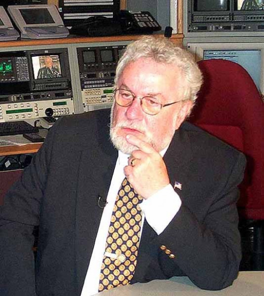 The real Adrian Cronauer.
