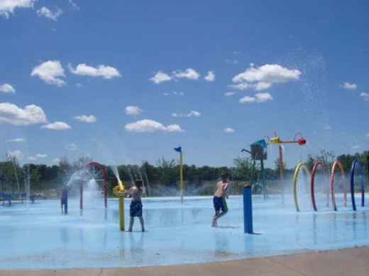 Millennium Beach Splashpad, photo by Rich Anderson, used with permission