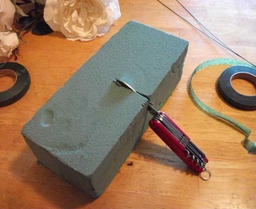 Cutting floral foam with my Swiss Army Knife