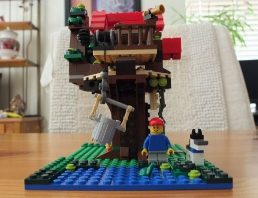 Lego Creator Treehouse front view